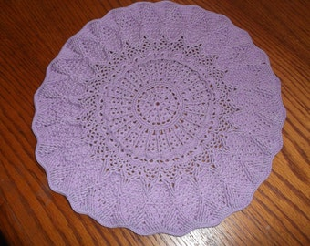 Crocheted Doily (p06)