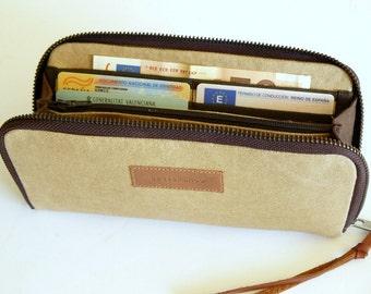 Women wallet // beige waxed canvas women wallet