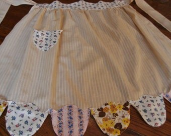 Vintage Handmade Apron Semi Sheer with Tulip Pocket Kitchen Aprons