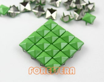 50Pcs 8mm Yellow Green Color PYRAMID Studs (CP-6018-08)