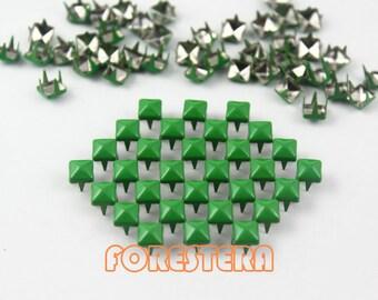 50Pcs 5mm Green Color PYRAMID Studs (CP-6037-05)