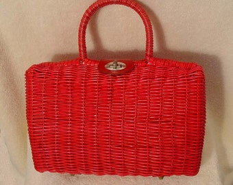 Vintage 1950s 1960s Red Woven Straw Box Purse.