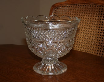 Vintage Clear Centerpiece Glass Bowl Footed Compote Bowl Wexford Pattern by Anchor Hocking Wedding Reception