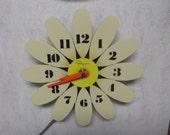 Vintage Ingraham Electric Daisy Atomic Era Clock 1960s