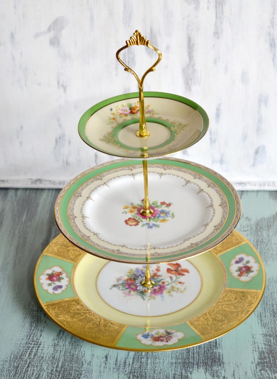 Free Shipping - Lovely Vintage 3 Tier Green Band with bouquet of flowers Tea Stand by Ellya ON SALE