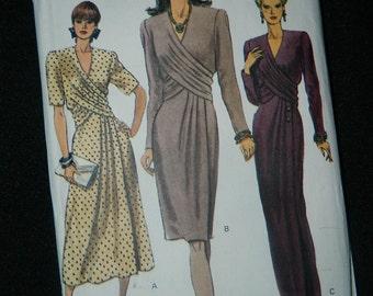Vintage Chic Vogue Dress Pattern - Uncut