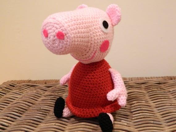 Articoli simili a Peppa Pig peluche bambola uncinetto ...