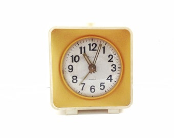 Clock retro home decor item, use for home decor, 4 jewels