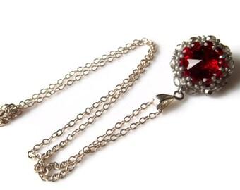 Ruby Red Swarovski Rivoli Pendant. Beadwoven jewelry. Sterling Silver Necklace With Swarovski Rivoli.