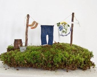 Fairy Garden Miniature Clothesline with Clothes Gnome Elf Garden Farmhouse Garden Fantasy Washing Line Miniature Clothing