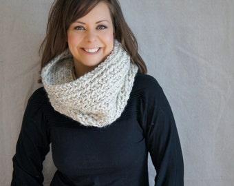 Cowl, chunky, knit, crochet, tube scarf, infinity scarf, neckwarmer, Garmisch Cowl - oatmeal