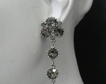 Cluster dangle earring as seen on Kristin Bauer as Pam  on True Blood Made with black Diamond(Gray) and plated on Antique Silver 617SE