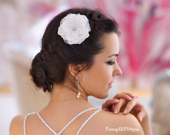 Elegant bridlal silk hair flower, ivory flower, ivory wedding- Tallullah