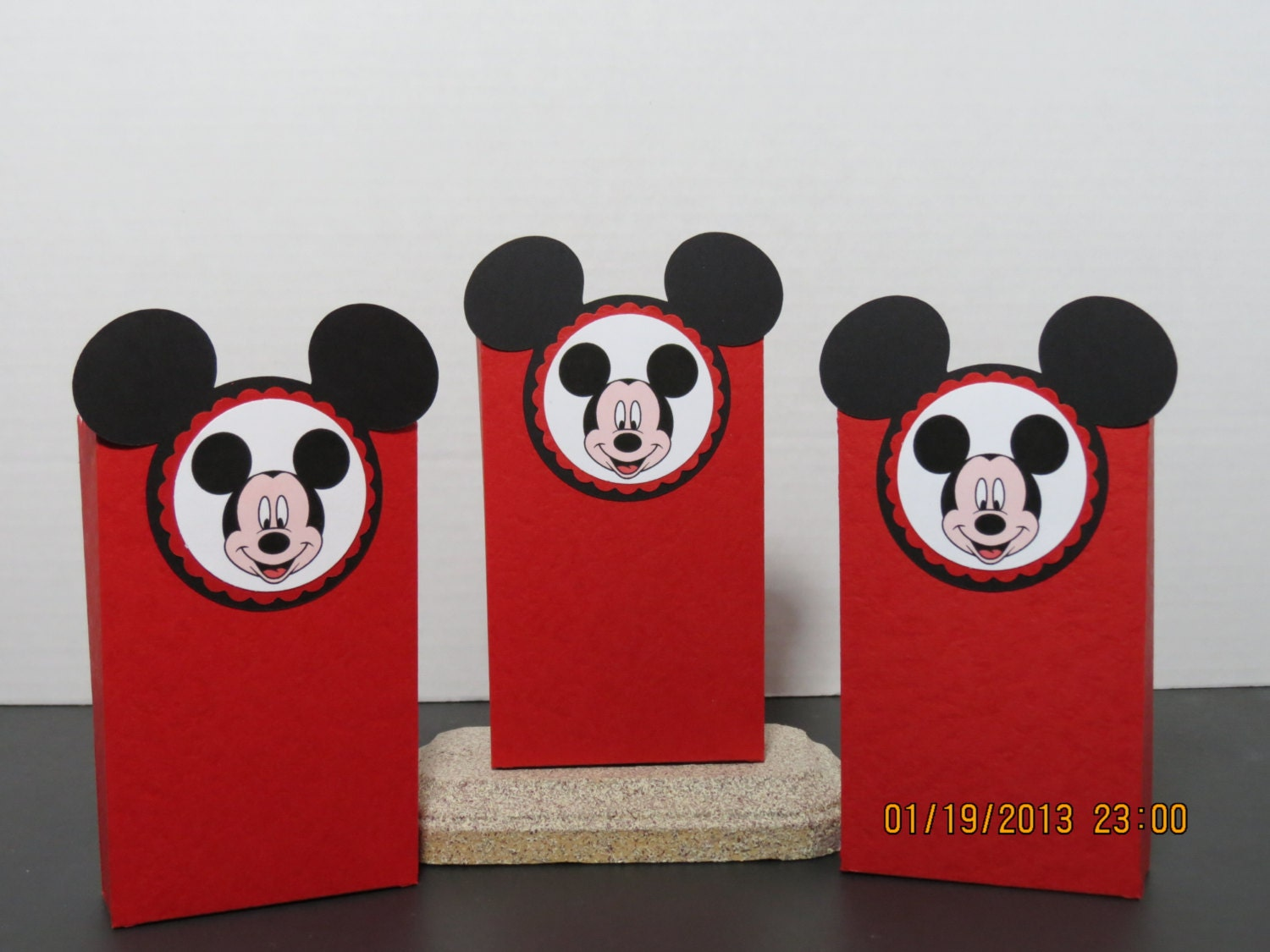Minnie Mouse Handmade Invitations with great invitation template