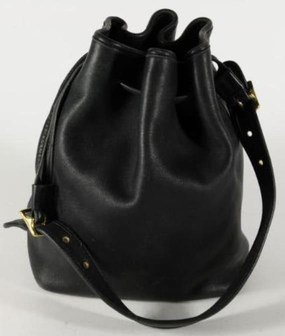 Rare vintage COACH Legacy BLACK Leather Drawstring Shoulder
