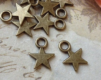 8 mm Antique Bronze Star Shape Charm Pendants (.mns)