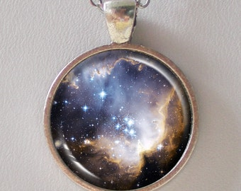 Universe Necklace -Star Cluster NGC 602 in Small Magellanic Cloud- Galaxy Series