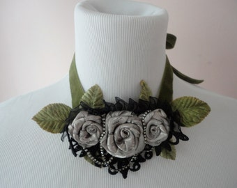Choker Necklace with Lace and Roses, Victorian Steampunk Style, Velvet Choker, Flower Choker Necklace, Bohemian Chic