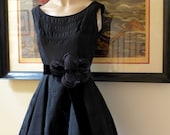 Vintage 1950's Hollywood Glamour Black Taffeta Evening Gown/Madmen 50s Dress/Holiday Dress/Prom Dress - Size Small