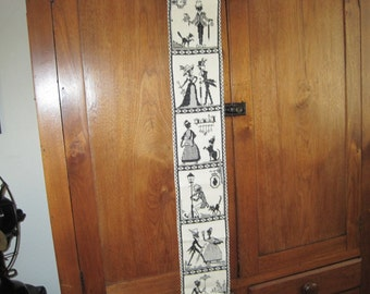 8 Antique Silhouettes - Cross Stitch Wall Hanging