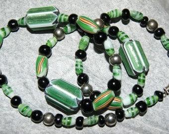 CHEVRON VENETIAN CANE Trade Bead Necklace c1950