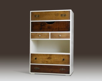 Chest of drawers - K.T4 Design by Benjamin Mangholz