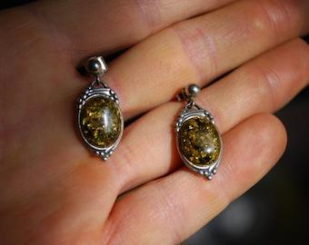 ANTIQUE EARRINGS - 1950s Sterling Silver Amber Stone Earrings