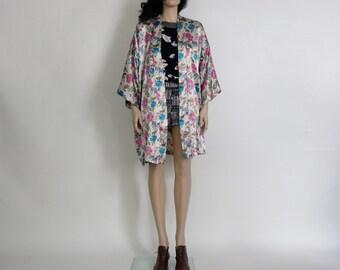vintage kimono / duster floral hippie / boho s / m /  l