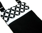 Black and white cross body purse sling adjustable strap shoulder travel vacation wallet small bag
