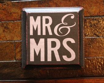 Vintage Wood 'Mr & Mrs' Sign