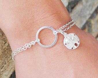 Sterling Silver Infinity Bracelet, Sand Dollar Bracelet, Beach Jewelry, Eternity Friendship Bridesmaid Bracelet, Beach Wedding
