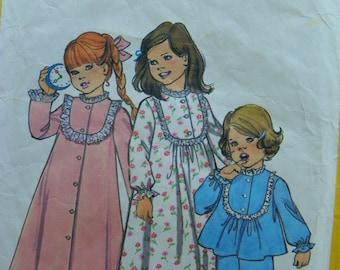 Night Night Girls Nightgown Robe and Pajama pattern Simplicity 6687 size 6