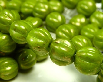 5mm Opaque Olive Green Gold Marbled Czech Glass Beads - 11 Inch Strand (50pcs) - Round Melon Shape, Fluted, Corrugated - BD31