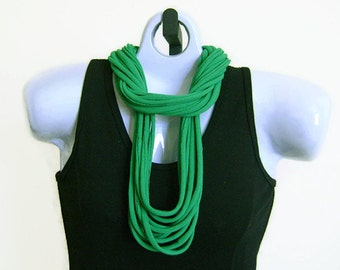 FABRIC NECKLACE, Kelly Green, Recycled T-shirt fabric, Upcycled. Ready to Ship