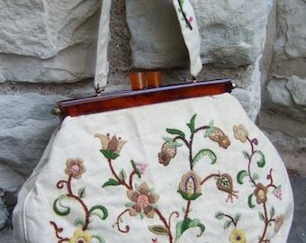 Embroidered Cloth Flower Handbag c 1960