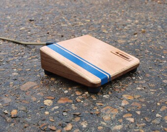 Walnut/Mahogany Shoe Box - A Stompbox by Index Drums