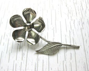 Flower Pin Brooch Silver tone Wedding Bridal Fashion Vintage Accessory Garden Jewelry Gift for woman