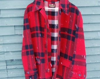 1940s Vintage Red & Black Plaid Wool Windward Mackinaw Jacket M/L
