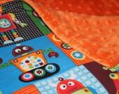 SALE - Rockin Robots Minky Baby Blanket - Monogramming Available - Stroller Blanket - Robot Bedding - Robot Blanket