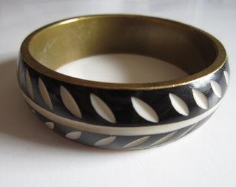 Vintage Carved Brass Bracelet - Black and Cream Carved Resin - Tribal Accessory -