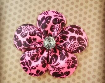 Hot Pink and Black Flower Hairclip...Girls Hairbows...Baby Hairbows...Hairclips...Bows