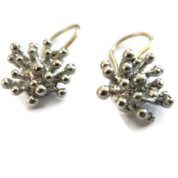 sterling silver starburst earrings small silver flower
