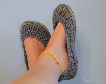 Women's Slippers, House Shoes, Crochet Slippers sizes 3-12, Made to Order