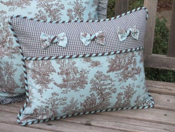 Toile pillow cover deluxe french country aqua turquoise for Boutis turquoise