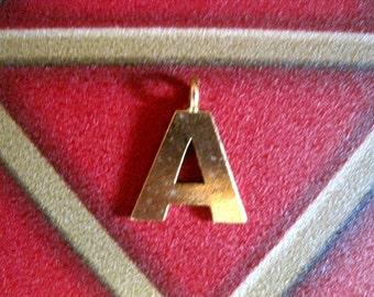 1 ANTIQUE GOLD  A INITIAL Pendant/Charm