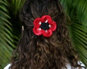 Poppy Flower Anemone Red Crochet Hair Clip/Pin. Feminine Floral Party Favor.Hand crocheted decorative brooch. Pin Decor floral accessory.