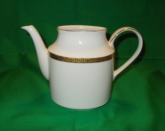 One (1), Porcelain, 6 Cup Coffee/Tea Pot, with No Lid, from Royal Gallery, in the Gold Buffet Pattern.