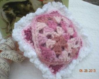 Crochet Granny Pincushioin