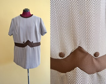 1970s Vintage Plus Size Brown and White Chevron Top size XXL 3xl bust 46