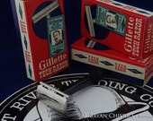 Vintage Gillette Safety Razor, Tech Razor with Bakelite Handle NOS
